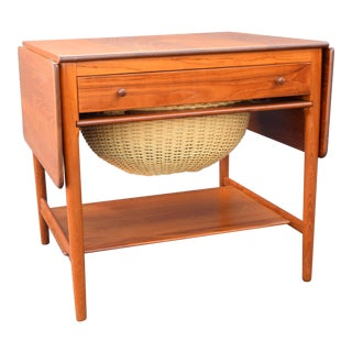 Vintage Danish Modern Teak Occasional Table At33 by Hans Wegner