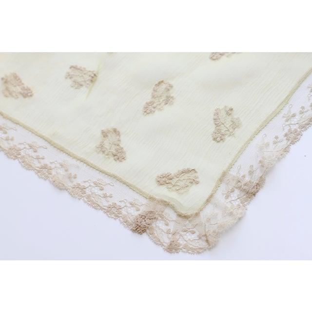 1920's Art Deco Green Silk Crepe Flapper Handkerchief - Image 10 of 10
