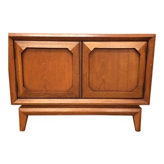 Broyhill Mid-Century Premier Facet Nightstands - A Pair
