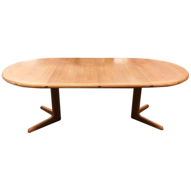 Mid Century Dining Table With Leaf Extensions Chairish