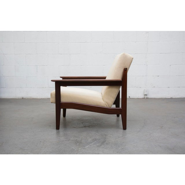 Image of Mid-Century Lounge Chair in Bone