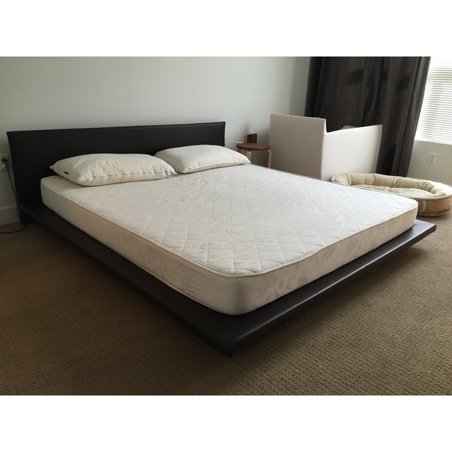 King Size Leather Platform Bed - Image 4 of 9