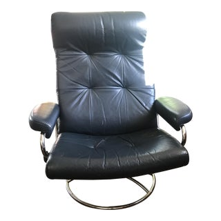 Vintage Ekornes Stressless Chrome & Navy Blue Leather Recliner