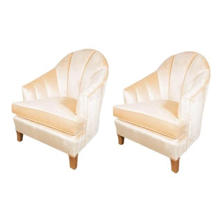 Elegant Pair of Channel-Back Art Deco Club Chairs in Cream Oyster Velvet