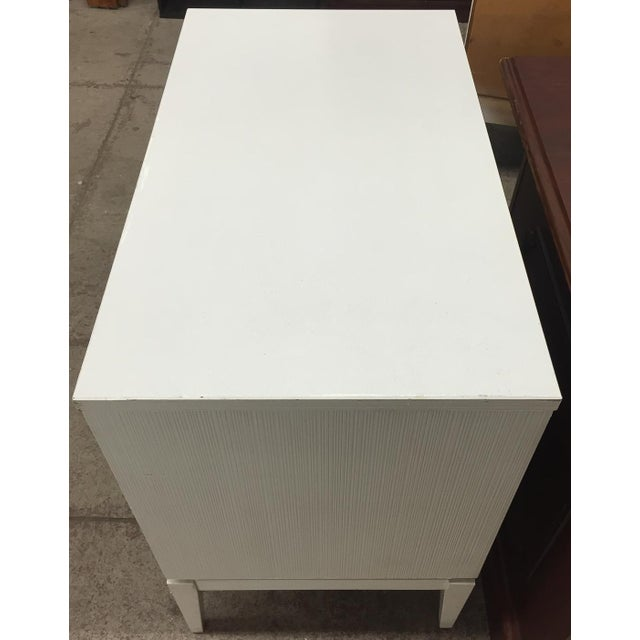 Mid-Century Kroehler White Side Chest of Drawers - Image 4 of 8