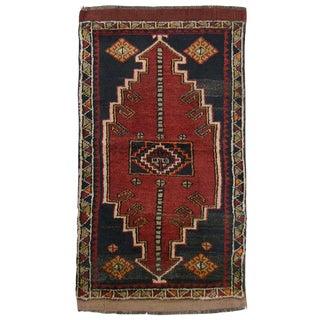 Vintage Yastik | 1'9 x 3'5 Turkish Carpet