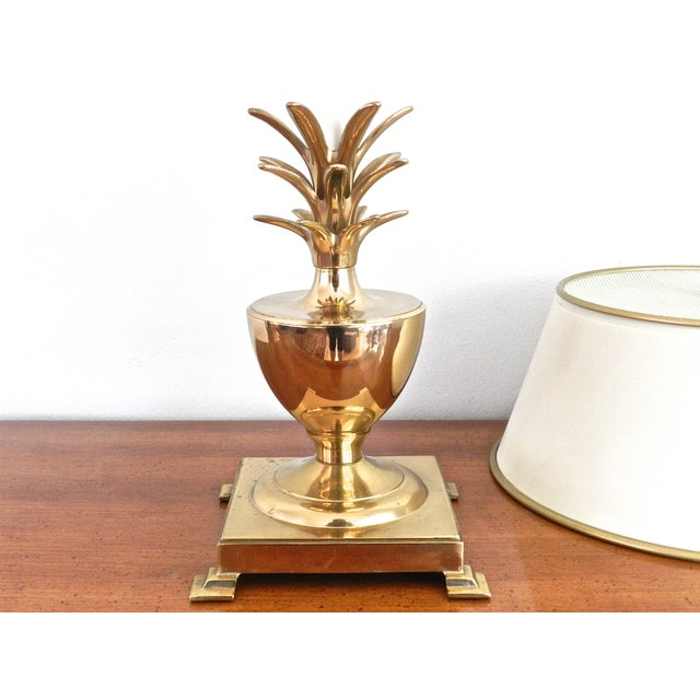 vintage brass pineapple table lamp chairish. Black Bedroom Furniture Sets. Home Design Ideas