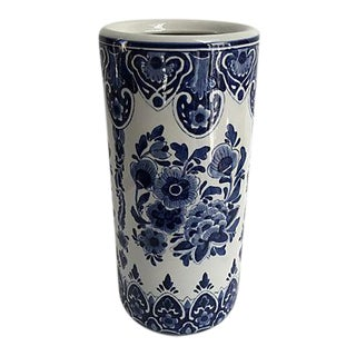 Vintage Chinese Blue and White Porcelain Umbrella Stand