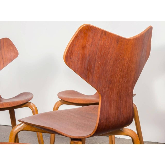 Set of Eight Arne Jacobsen Grand Prix Chairs - Image 5 of 10