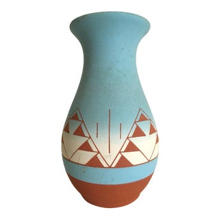 Vintage Native American Sioux Signed Sky Blue Ombre Terra Cotta Pottery Vase
