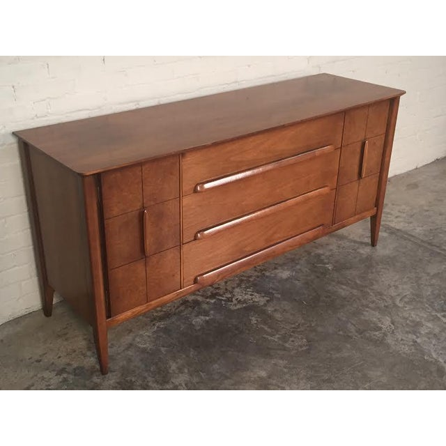Stanley Mid-Century Modern Credenza - Image 10 of 11