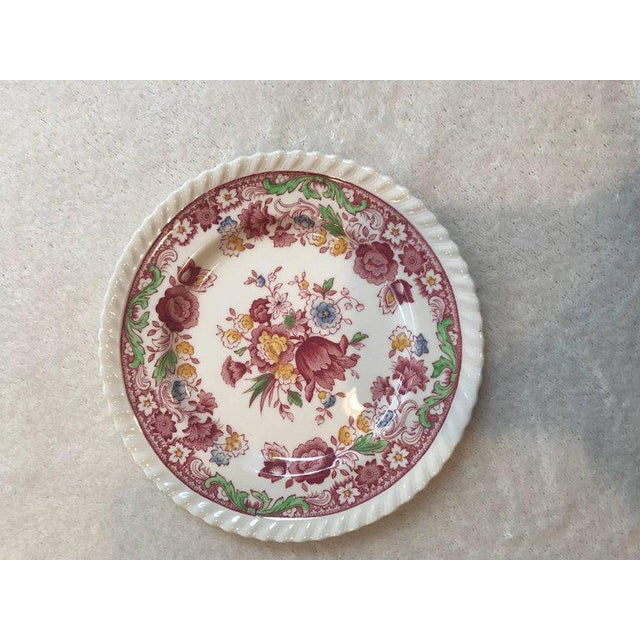 Winchester Johnson Bros China Set - Service for 12 - Image 8 of 9