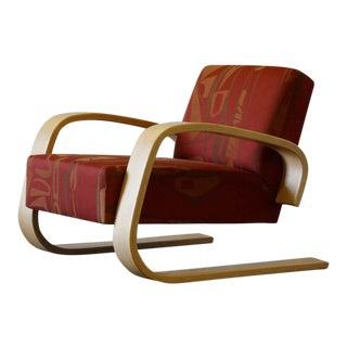 Alvar Aalto 'Tank Chair' by Artek