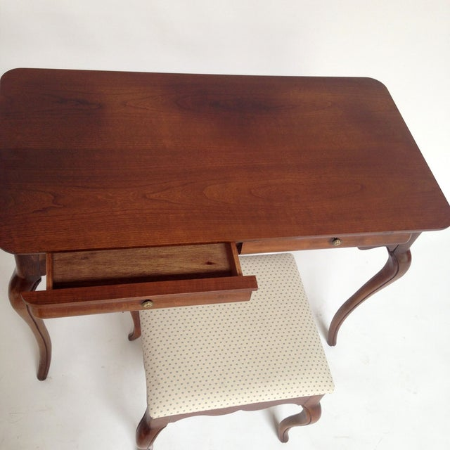 French Style Vanity Hall Table with Stool Set - Image 4 of 6