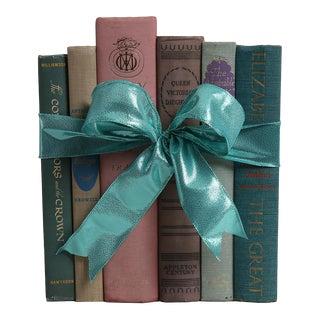 Vintage Book Gift Set: Ladies of The British Isles - Set of 6