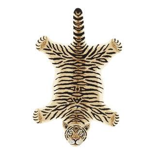 Modern Hand-Tufted Leopard Skin Shape Wool Rug - 3' x 5'