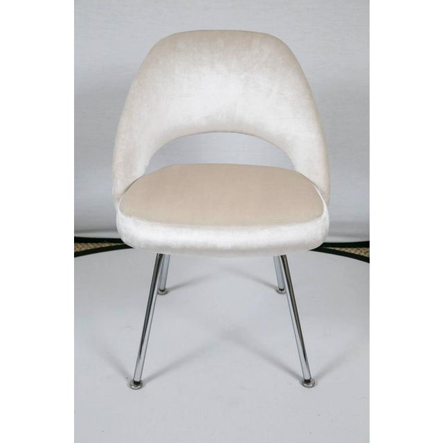 Saarinen Executive Armless Chairs in Ivory Velvet, Set of Six - Image 2 of 9