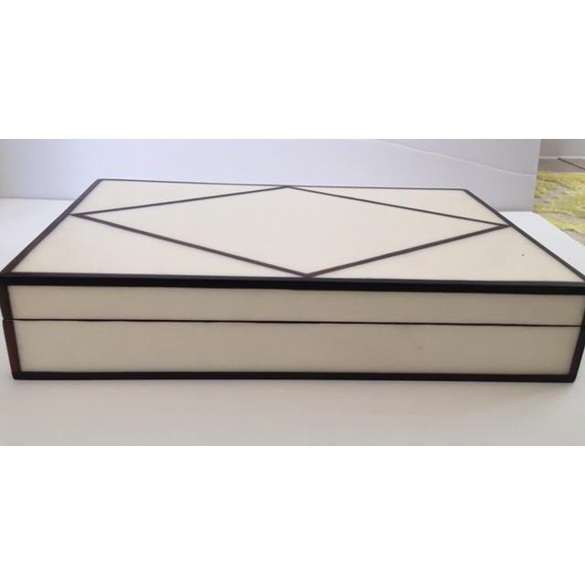 Contemporary Cream Parchment & Ebony Trim Box - Image 3 of 5