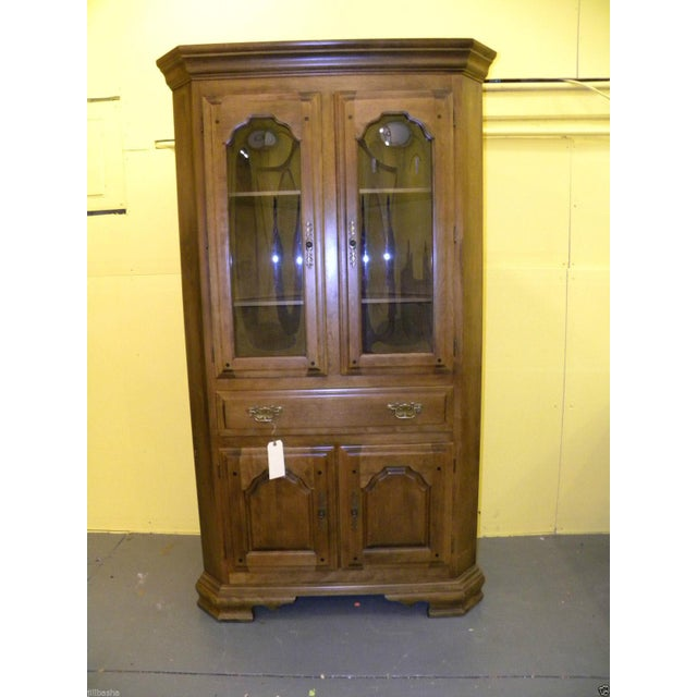 vintage temple stuart bubble glass corner cabinet chairish. Black Bedroom Furniture Sets. Home Design Ideas