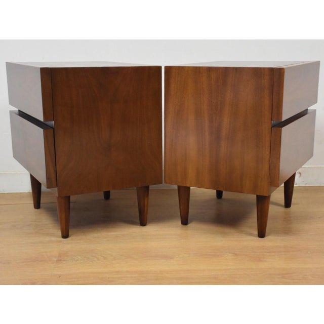 American of Martinsville Walnut Nightstands- a Pair - Image 6 of 8