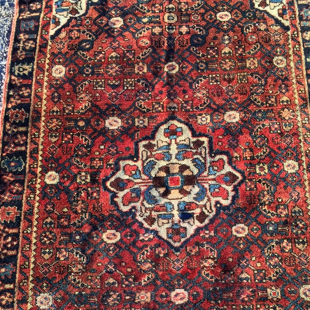 Hoseinabad Persian Rug - 3′ × 5′1″ - Image 5 of 10