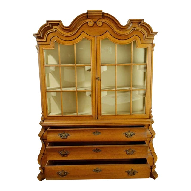 Dorothy Draper Viennese Collection Display Cabinet - Image 1 of 9