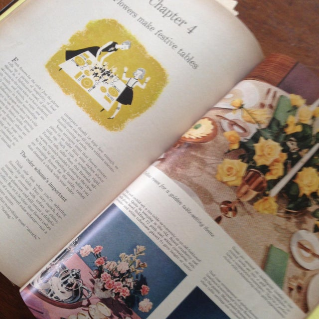 Better Homes & Gardens: Flower Arranging Book - Image 7 of 11