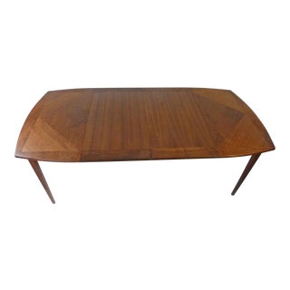 1960s Richard Thompson for Glenn of California Walnut Dining Table With Leaves