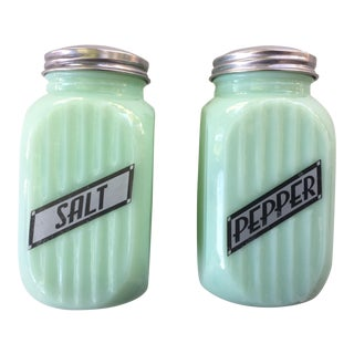 Art Deco Jadeite Salt and Pepper Shaker Set
