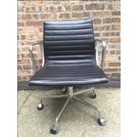 Image of Eames Leather Aluminum Group Management Chair