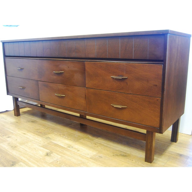 Mid Century Modern Bassett Furniture Dresser Chairish
