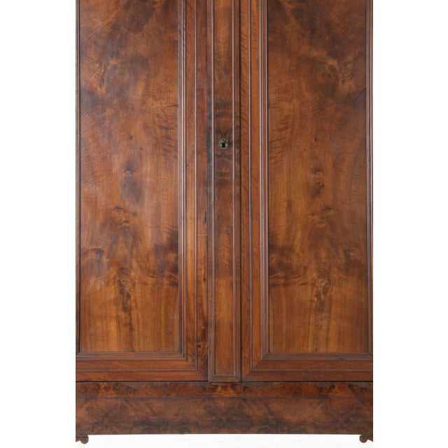 French 19th Century Walnut Louis Philippe Armoire - Image 6 of 10