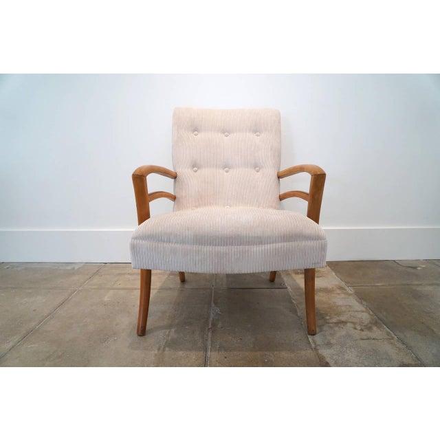 American Sabre Leg Armchair - Image 2 of 5