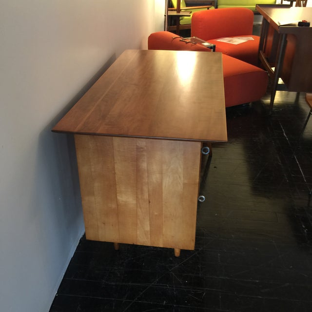 Paul McCobb for Planner Group Maple Desk & Chair - Image 4 of 11