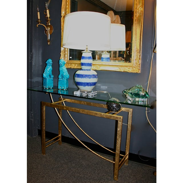 Beautiful and Modern Table Lamp - Image 7 of 8