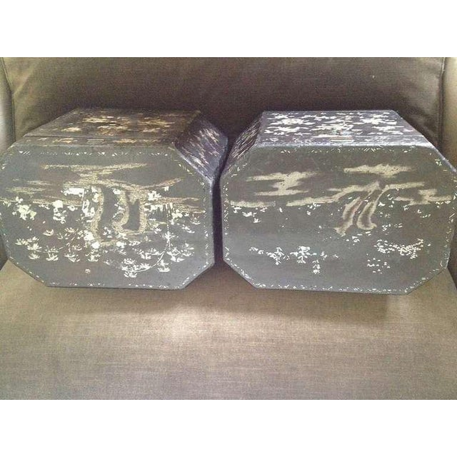 Large Pair of Chinoiserie Lacquer Boxes - Image 5 of 8