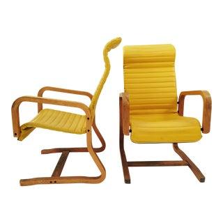 Mid-Century Vintage Bassett Lounge Chairs - A Pair