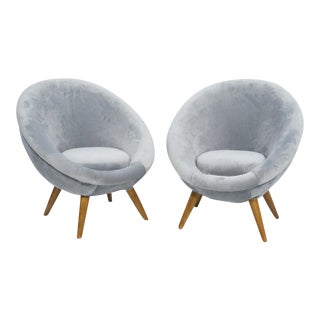 "Mid-Century Modern ""Oeuf"" Chairs - A Pair"