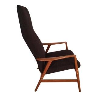 Dux Lounge Chair