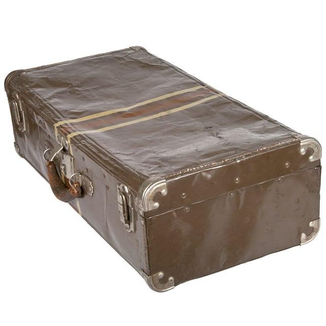 Vintage Dark Brown Striped Tin Suitcase - Image 3 of 5