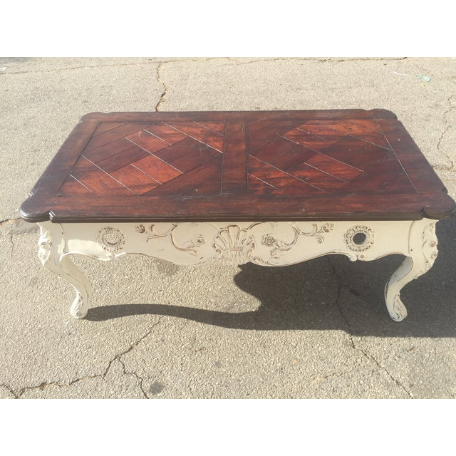 Shabby Chic Round Wood Coffee Table: Shabby Chic French Wood Coffee Table