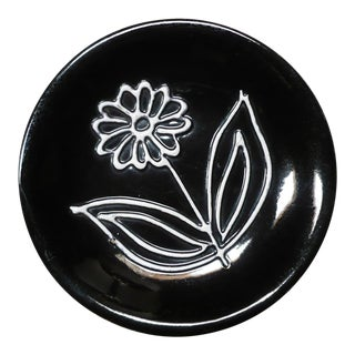 Black Ceramic Plate with Dimensional Flower