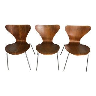 Vintage 1960s Fritz Hansen Series 7 Chairs - Set of 3