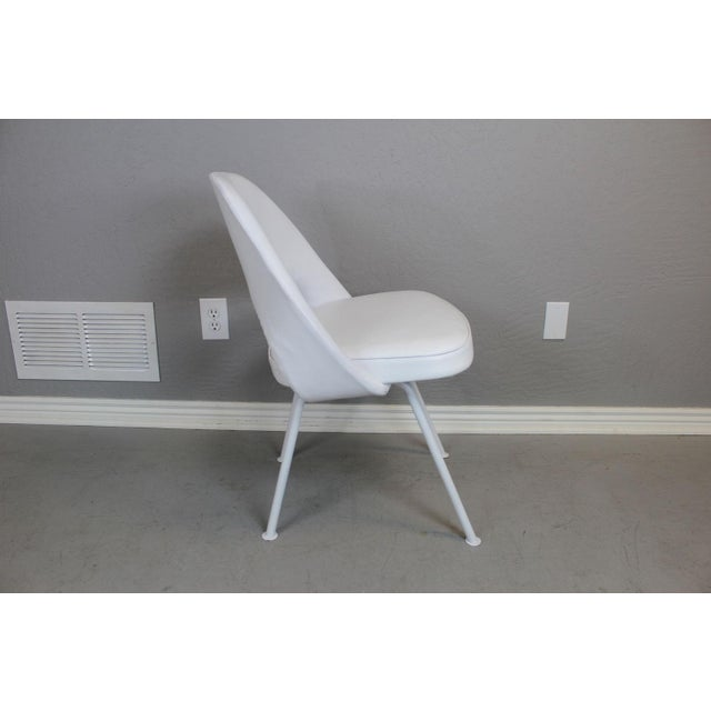 Eero Saarinen for Knoll Dining Table & Chairs -S/5 - Image 8 of 11
