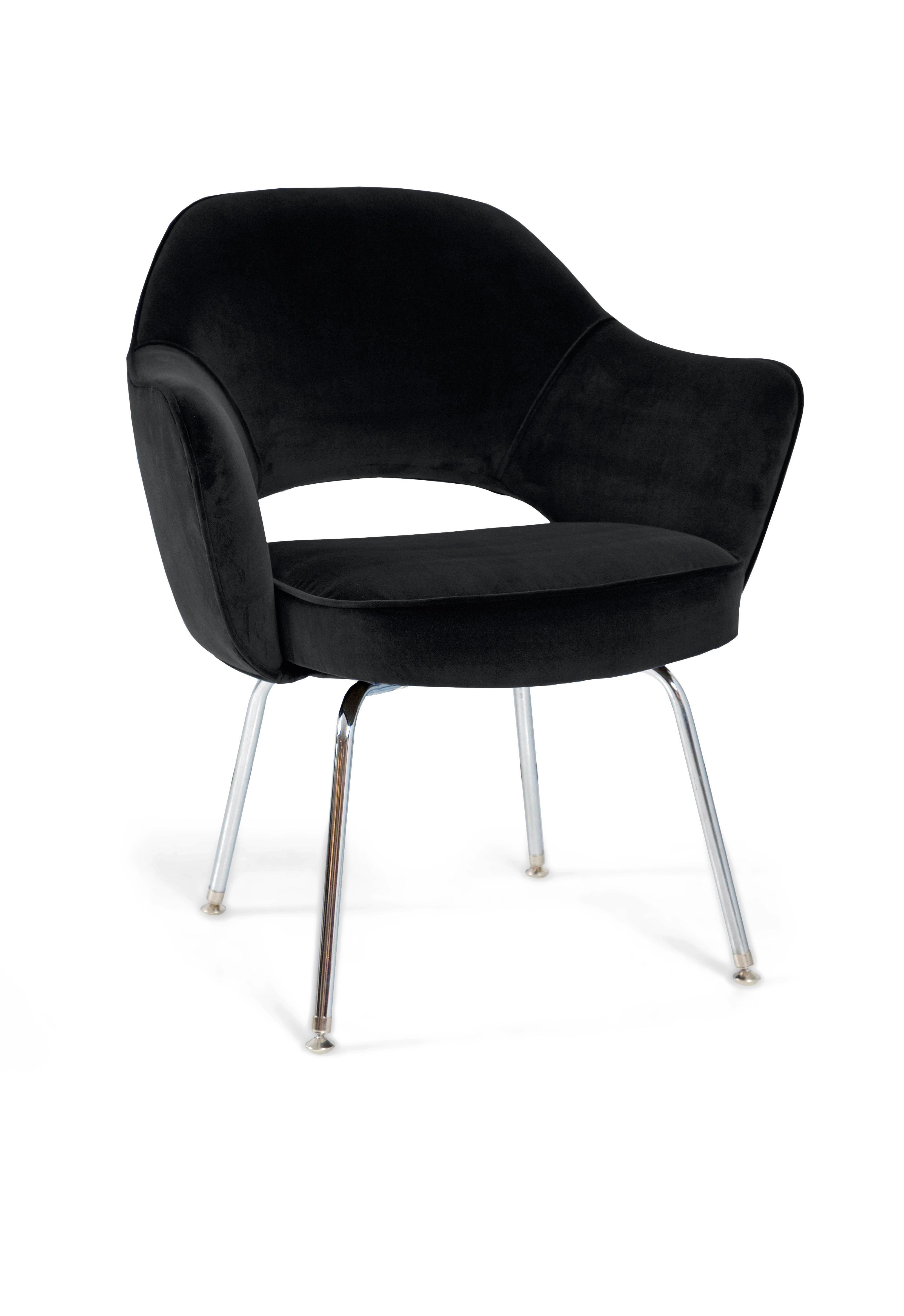 Saarinen Executive Armchair In Black Velvet   Image 2 Of 4