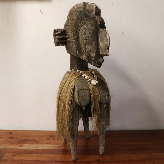 New Guinea Folk Statue - Image 3 of 11