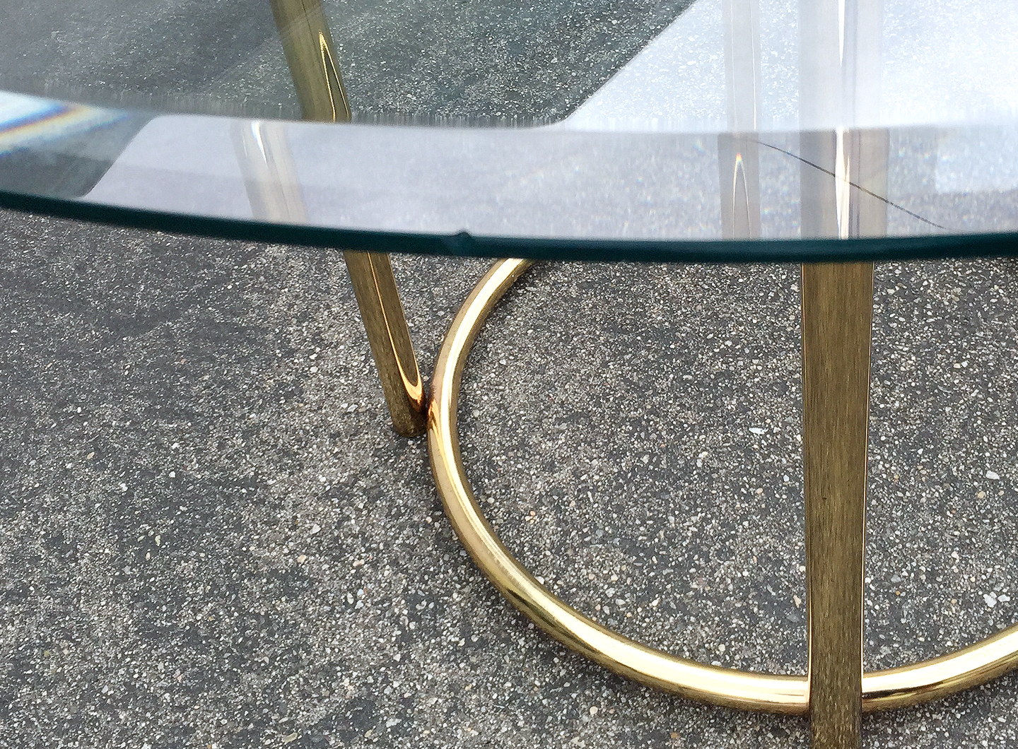 Vintage Brass Base Dining Table Chairish : bfac8364 10bb 4908 82eb 1c2ddebb1242aspectfitampwidth640ampheight640 from www.chairish.com size 640 x 640 jpeg 101kB