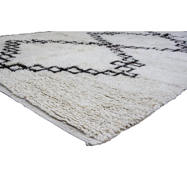 Vintage Moroccan Beni Ourain Rug - 10'6'' X 6'5'' - Image 2 of 4