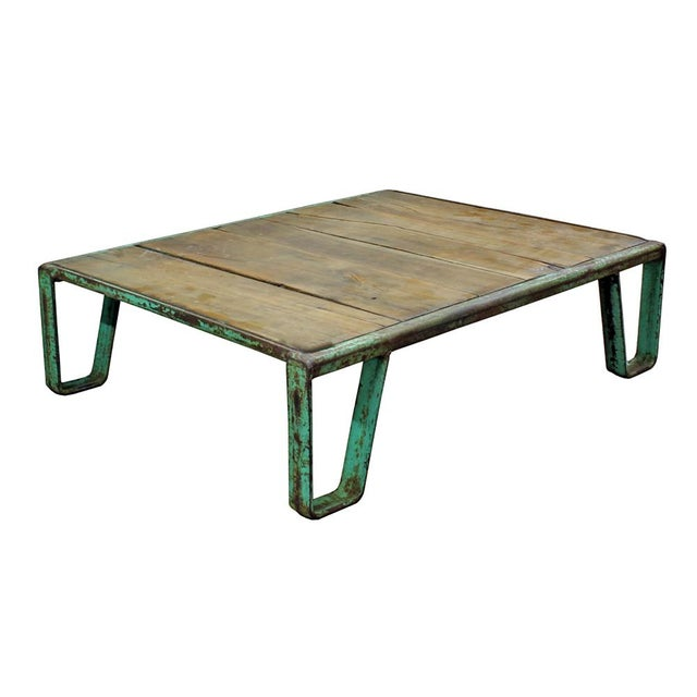 Vintage Industrial Pallet Coffee Table - Image 3 of 3