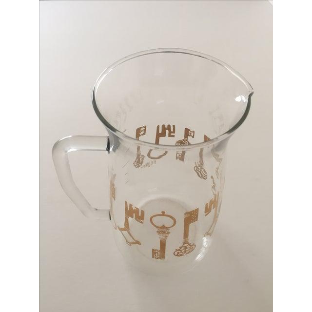 Vintage Pyrex Glass Gold Key Beverage Pitcher - Image 6 of 10